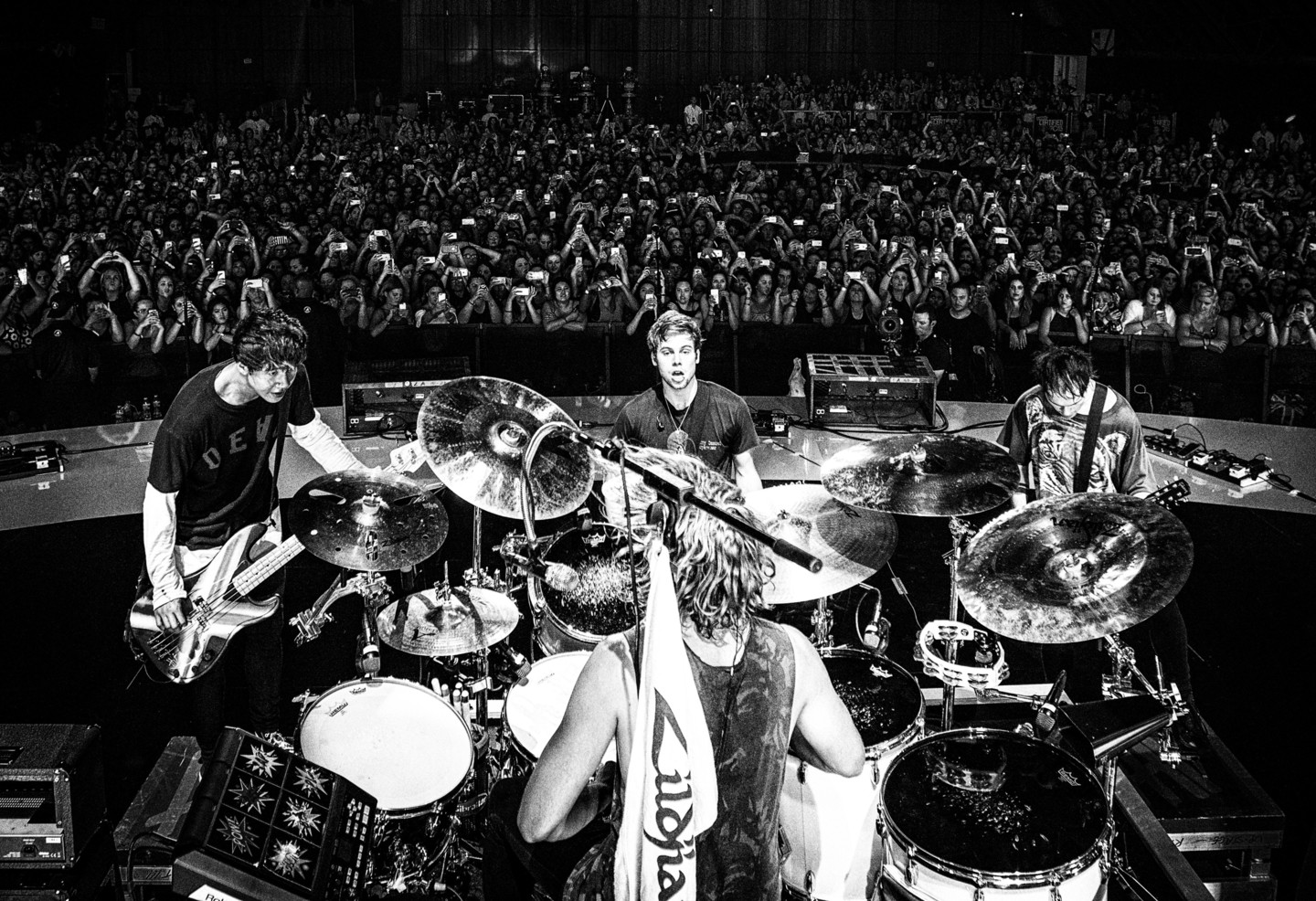 5SOS Sounds Live Feels Live Official North American Tour App