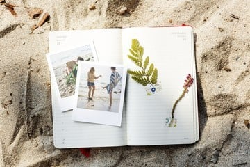 Klush Lets You Create Your Own Photo Diary, and Sneak a Peek Into Others