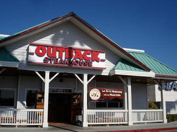 Outback Steakhouse's new app allows diners to pay from their iPhone