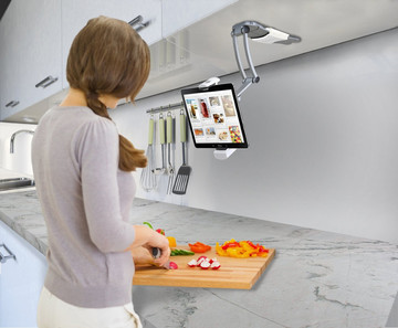 Get Cooking with These Five Great Accessories for Your iPhone or iPad