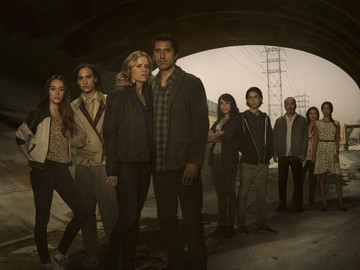 You'll soon be able to play through 'Fear the Walking Dead' on iOS