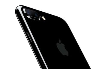 There's Some Fine Print to Consider on the Jet Black iPhone 7