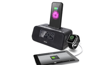 The iHome iPLWBT5B Can Charge an iPhone and Apple Watch Simultaneously