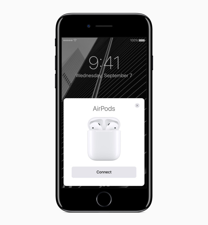 Thanks to the Apple-designed W1 chip, AirPods can automatically connect to an iPhone, iPad, Apple Watch, or Mac.