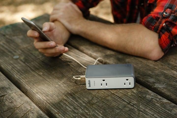 Belkin Dual-Outlet Travel Rockstar Surge Protector