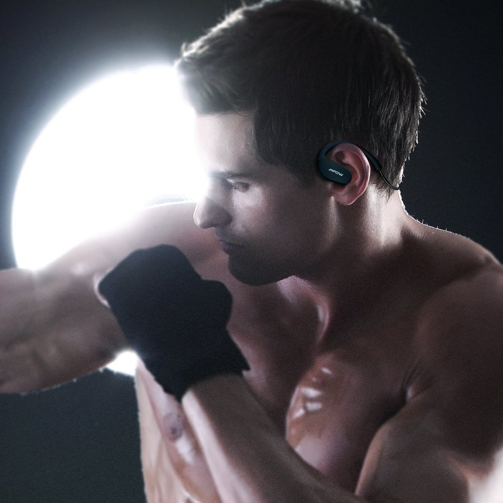 MPow Cheetah Bluetooth Headphones boxer