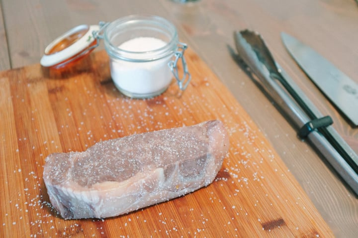 This Sous Vide Steak is cooked, but doesn't look appetizing