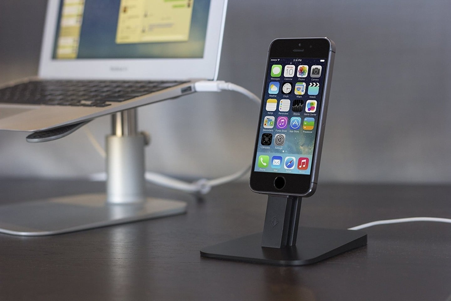Get a Twelve South HiRise Dock for your iPhone or iPad for just $17