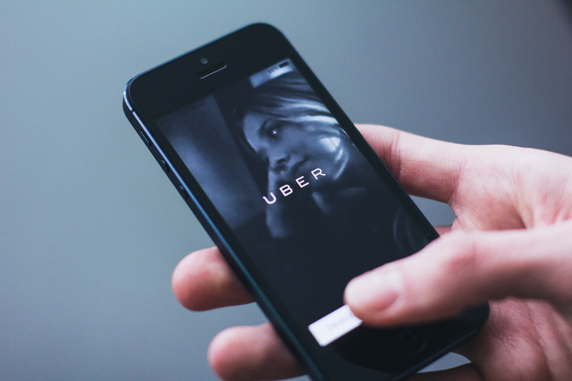 Ride Sharing Company Uber Lands in Court Again, While Lyft Needs to Step up Its Game