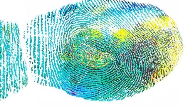 Analyst: Apple's Still Stuck on the 'iPhone 8's' Fingerprint Scanner