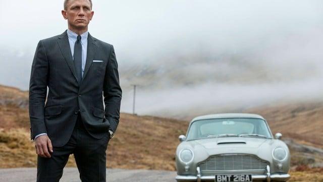 Apple, Amazon Fighting Warner Bros. Over James Bond Film Rights