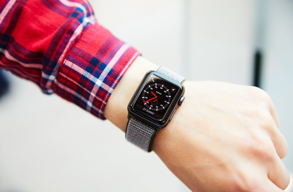 Apple admits its new Watch 3 is borked