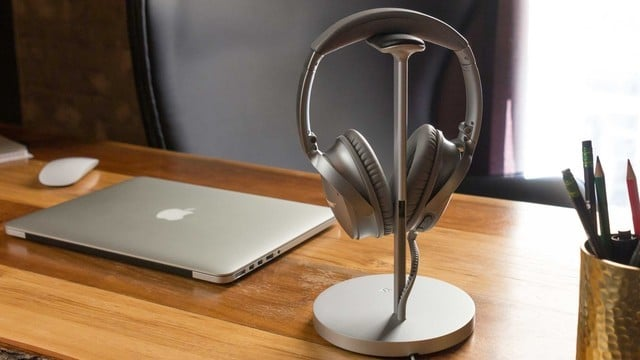 Grab Twelve South's Fermata Headphone Charging Stand for $49.99