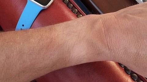 Disaster As Apple Aficionado Spurns Apple Watch